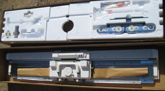 银笛牌SK272/SRP70N毛衣编织机 7G  细线编织机